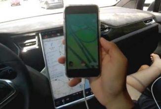 Un gamer se joacă Pokemon GO la volan, în vreme ce maşina sa Tesla rulează în mod Autopilot