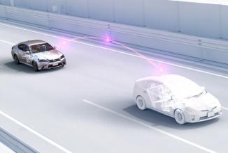 Maşinile ce comunică wireless ar putea opri accidentele, dar există pericol de hacking…; Producătorii auto dezvoltă criptarea PKI