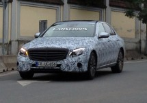 Noul Mercedes-Benz E-Class se afișează camuflat pe străzile din Pilsen, Cehia