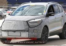 Noul Ford Escape 2017 ni se dezvăluie prin intermediul unor fotografii spion