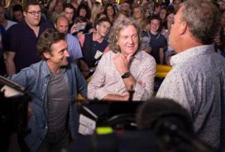 Fără Clarkson nu e Top Gear! Hammond şi May refuză 4 milioane de lire pentru a prezenta showul auto; Au o ofertă la Netflix!