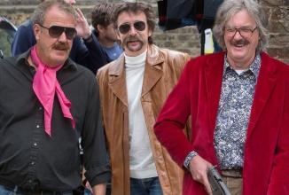 Jeremy Clarkson confirmă faptul că va fi gazda unei noi emisiuni auto cu Hammond şi May