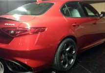 Primele fotografii cu Alfa Romeo Giulia 2015 se afișează pe web