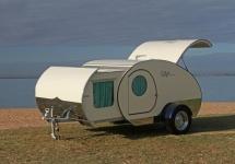 Gidget Retro Teardrop, mini-căsuța pe roți ce poate fi luată în călătorii