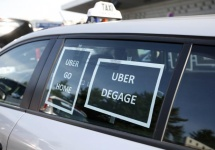 Gluma Uber se îngroașă în Franța; companiile de taxi blochează aeroporturile naționale