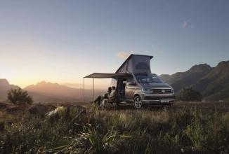 Volkswagen California Camper debutează oficial; o mini-rulotă numai bună de luat în călătorii