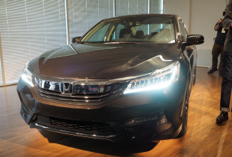 Honda Accord 2016 va sosi cu suport pentru Apple Car Play și Android Auto