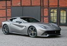 Ferrari F12 Berlinetta ar putea primi un succesor la show-ul auto din Frankfurt