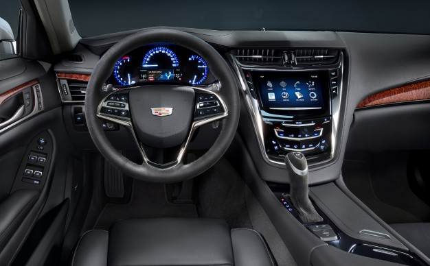 2015-CTS-MidnightEd-Design-image-interior-626x388