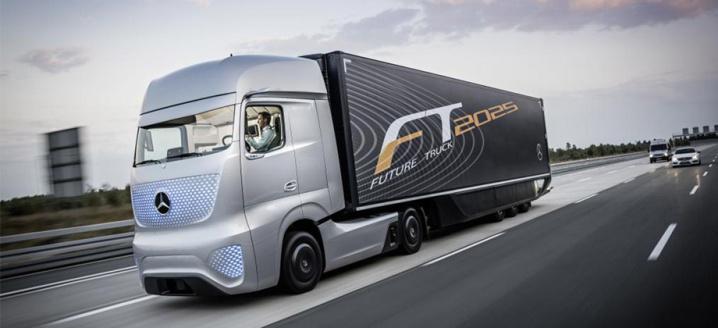 4.2_daimler-trucks_Future-Truck-2025