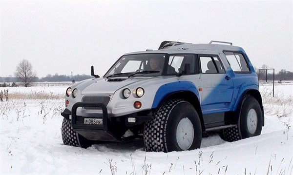 Amphibious-Russian-Offroad-Vehicle-Aton-Impulse-Viking-2992-4