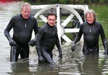 O problemă legală ar putea amâna debutul noii emisiuni auto cu Jeremy Clarkson, Hammond şi May