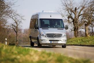 Mercedes-Benz sărbătoreşte aniversarea a 20 de ani de existenţa a gamei Sprinter cu un nou model: Edition Sprinter