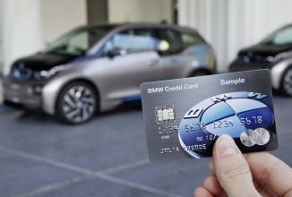 BMW Group prezintă cardul de credit ce funcţionează ca o cheie de automobil