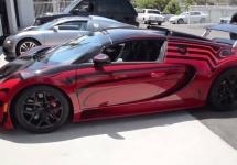 Iată cum este livrat către showroom un super-bolid Bugatti Veyron
