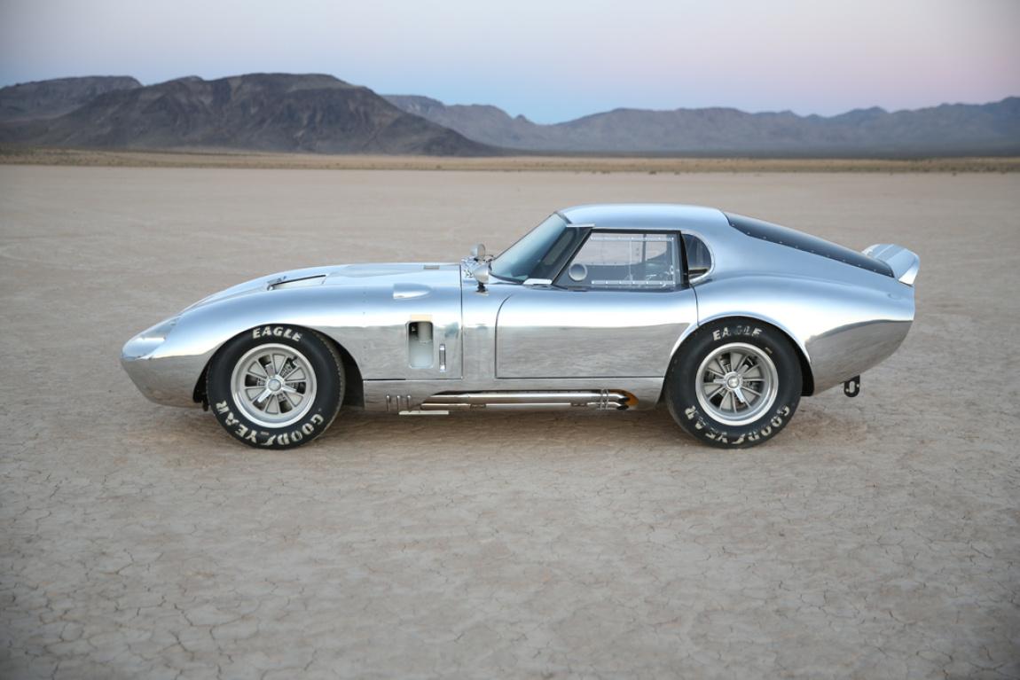 Imagini oficiale Shelby Daytona Coupe 50th Anniversary