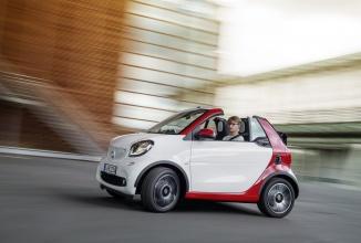 Smart dezvăluie noul Fortwo Cabrio; vânzările încep din noiembrie pe piața europeană