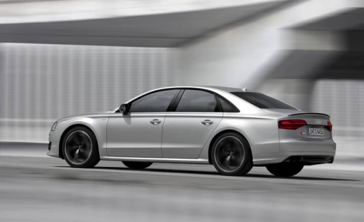 2015-Audi-S8-Plus-103-876x535