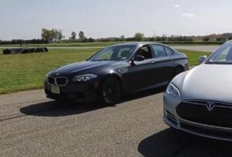 """O nouă aplicaţie pentru automobilele BMW permite trişarea la cursele tip """"liniuţă"""""""
