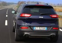 Fiat-Chrysler primeşte o amendă de 105 milioane de dolari pentru probleme cu siguranţa a 11 milioane de automobile