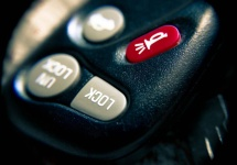 99% dintre posesorii de automobile nu ar verifica alarma care sună, conform unui studiu britanic