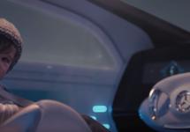 Automobilul autonom Mercedes-Benz F 015 primeşte o reclamă TV, în care şi un bebeluş poate să îl conducă (Video)