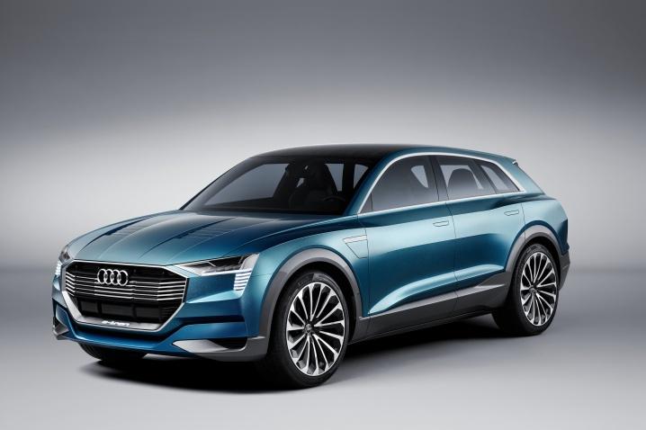 Audi E-Tron Quattro Concept (18)
