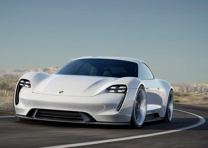 Porsche Mission E - concept (1)