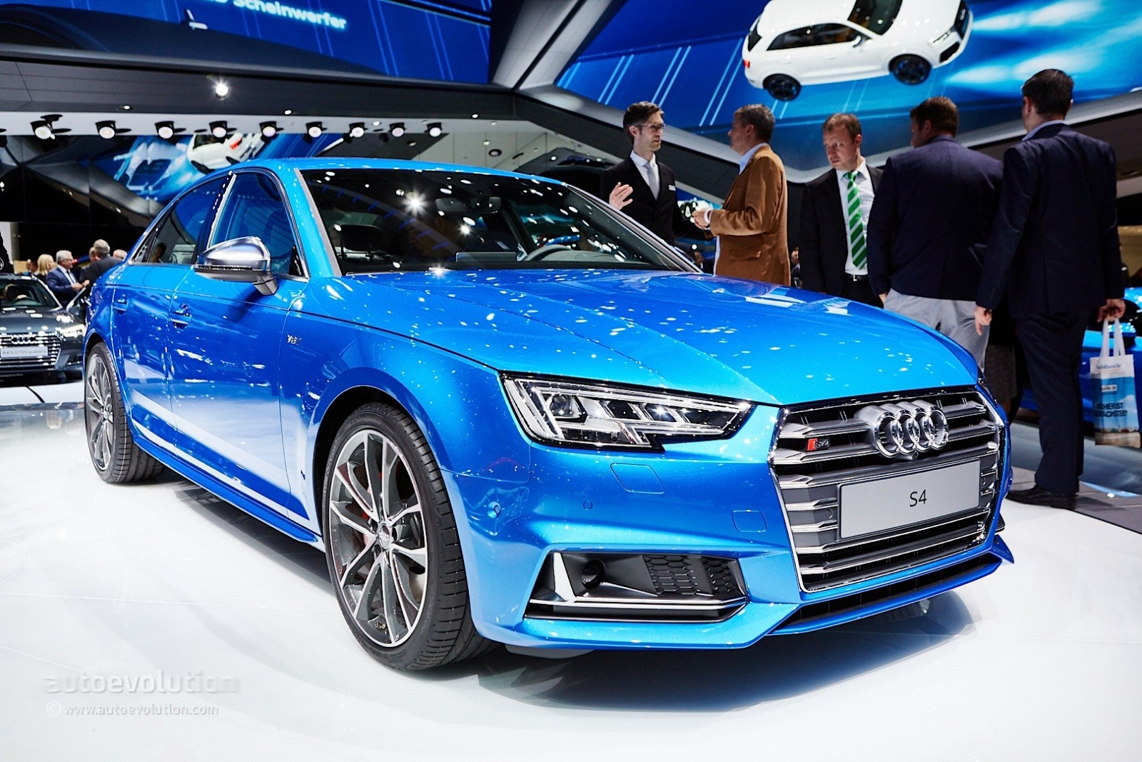 all-new-audi-s4-sedan-debuts-with-3-liter-turbocharged-engine-in-frankfurt-live-photos_1
