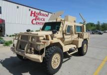 Vehiculul militar folosit în Iron Man 3 e acum de vânzare pe eBay, e un mamut blindat periculos