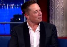Elon Musk, CEO Tesla dovedeşte încă o dată cât de excentric este; Propune să încălzim planeta Marte cu bombe nucleare (Video)