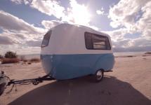 Happier Camper HC1 e rulota ideală pentru vacanţa următoare; Compactă la exterior, incredibil de spaţioasă la interior (Video)