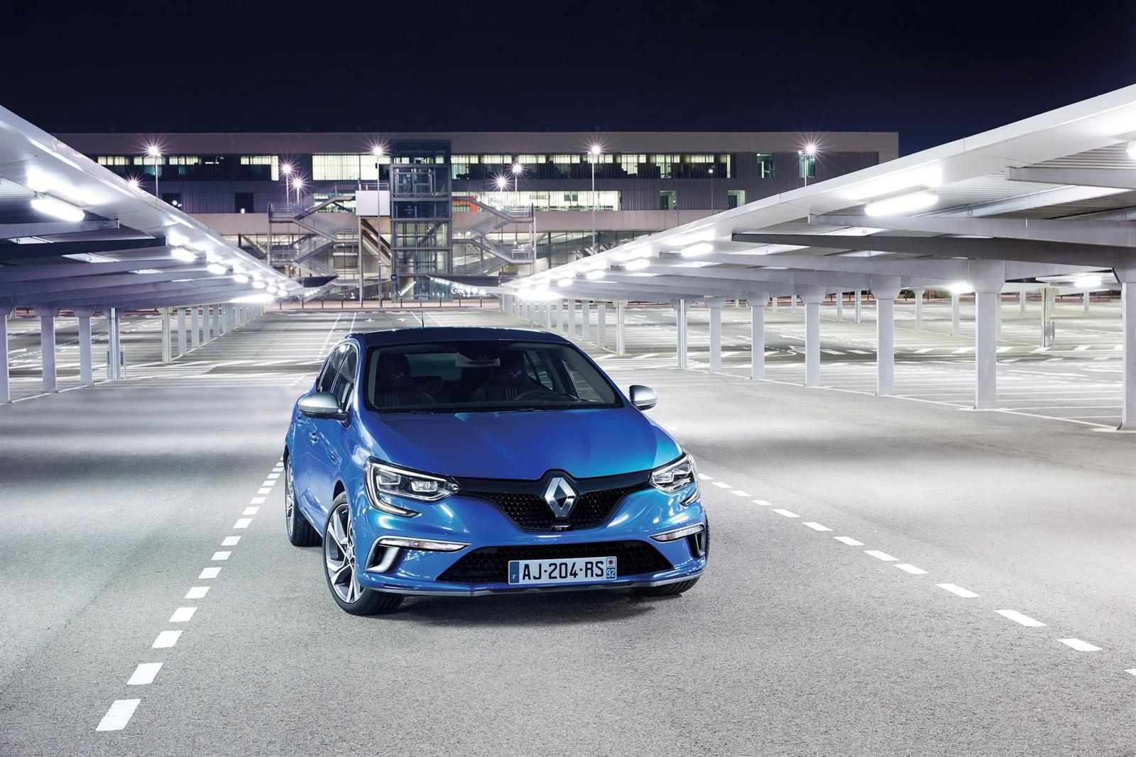 hybrid-renault-megane-confirmed-for-2017-with-dci-diesel-engine-100384_1