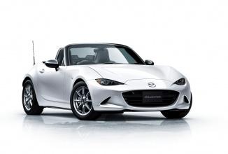 Mazda prezintă noile modele Roadster NR-A şi Mazda2 15MB în Japonia