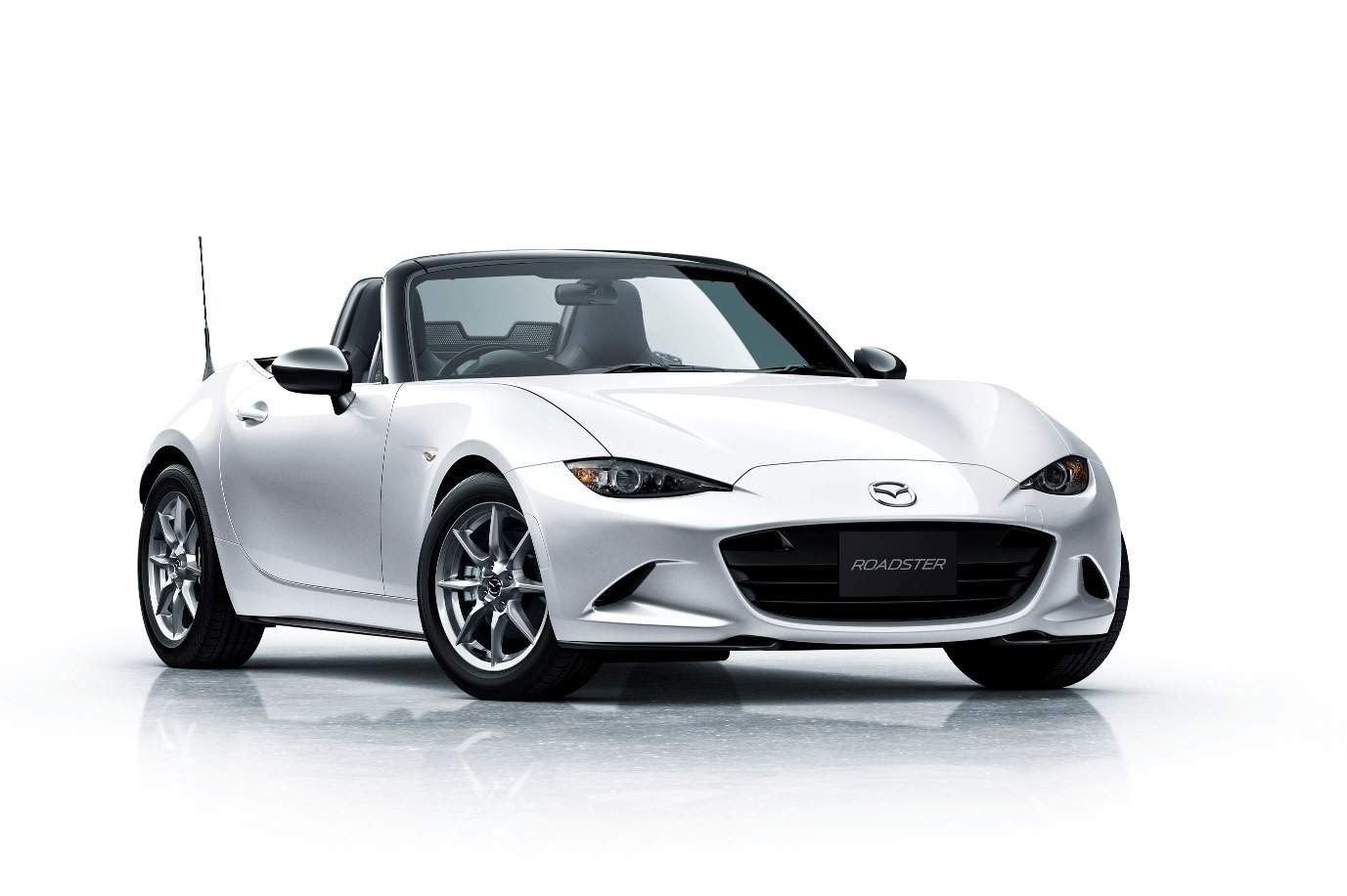 mazda-unveils-roadster-nr-a-and-mazda2-15mb-in-japan-both-aimed-at-driving-enthusiasts_5