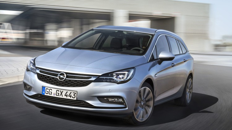 opel-astra-sports-tourer-297399-1