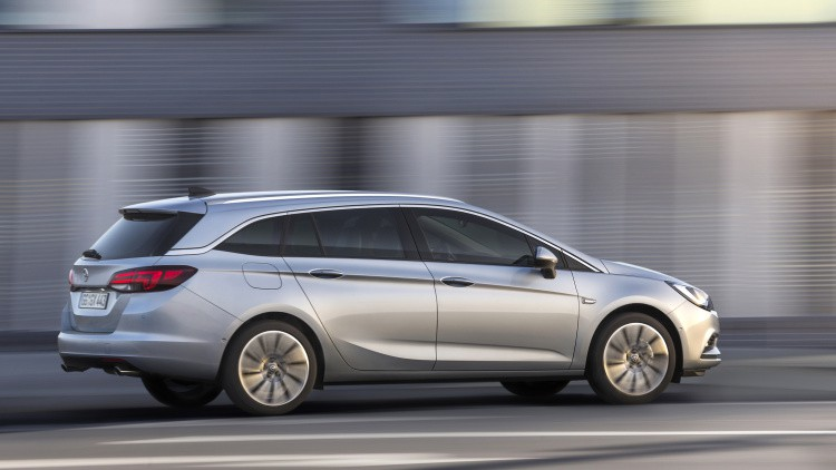 opel-astra-sports-tourer-297400-1