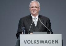 CEO-ul Volkswagen Group Martin Winterkorn îşi dă demisia, ca urmare a scandalului recent