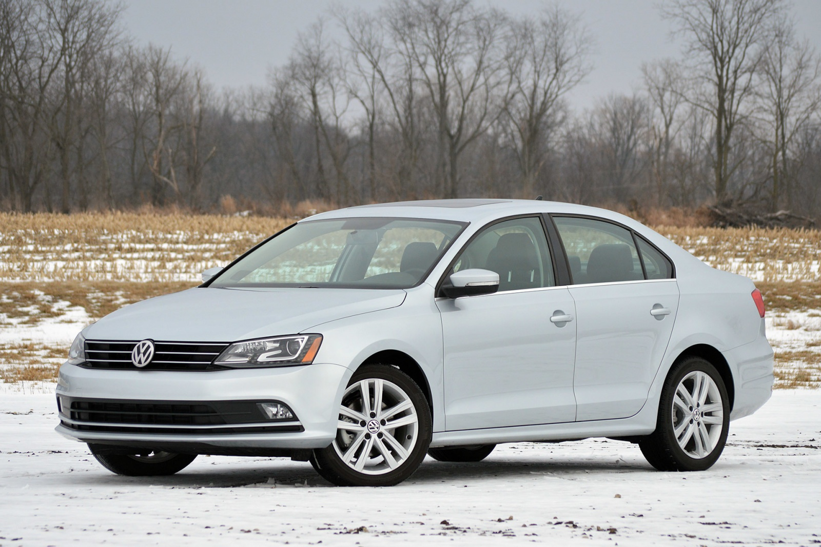 01-2015-vw-jetta-tdi-review-1