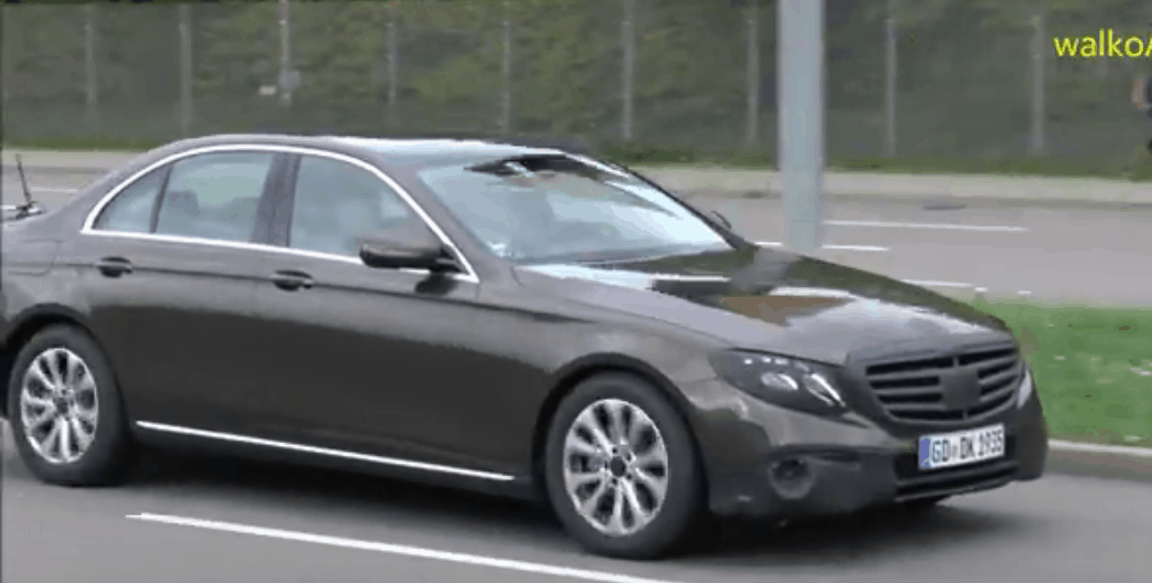 2017-mercedes-e-class-w213-sedan-and-wagon-spied-almost-undisguised-video-100859_1