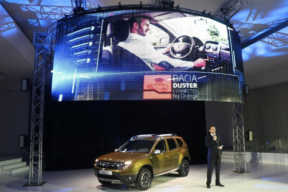 Dacia-Duster-Connected-by-Orange-3