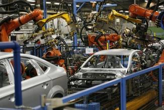 Segmentul auto a contribuit cu 12.6 miliarde de euro la cifra de afaceri a României pe anul trecut