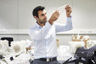 Imprimarea 3D a componentelor Ford creşte viteza de producţie a automobilelor; Iată cum! (Video)