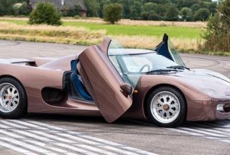 Iată cum arăta primul bolid construit de Koenigsegg în anul 1996