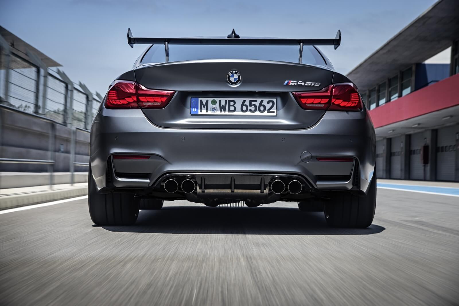 bmw-m4-gts-officially-unveiled-with-500-hp-and-a-728-nurburgring-lap-time-photo-gallery_1