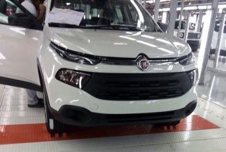 Pickup-ul Fiat Toro apare într-o serie de fotografii spion înaintea lansării