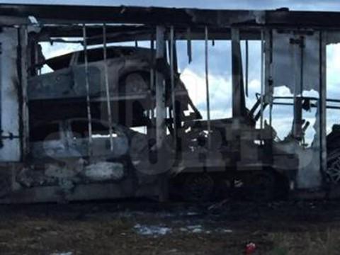 floyds-burnt-cars-03c-480w
