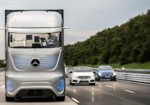 Mercedes aduce şofatul automat în segmentul camioanelor de mare tonaj, cu un model high tech concept
