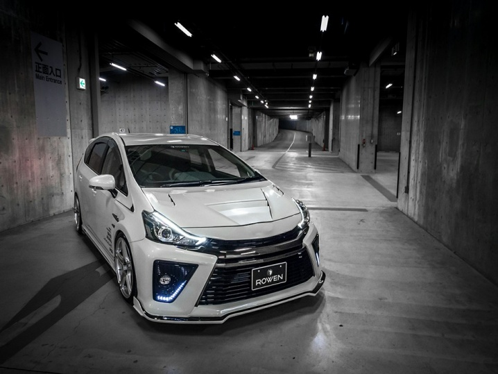 toyota-prius-g-s-tuned-by-rowen-looks-and-sounds-unnaturally-good-video-photo-gallery_1