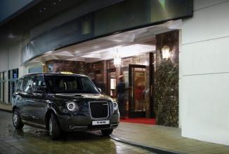 Geely dezvăluie noul taxi TX5 ce va circula pe străzile londoneze; un model hybrid cu design retro